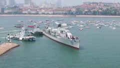 """国家一级文物101号""""鞍山舰""""坞修完毕返回海军博物馆"""