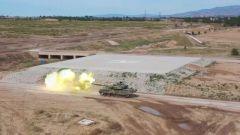 炮响靶落 塞北某训练场上演实弹战术演练大片