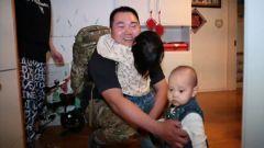 新聞特寫:攝像頭里的爸爸回家了