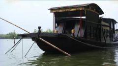 建国10周年 南湖上为何出现了一艘仿制红船?
