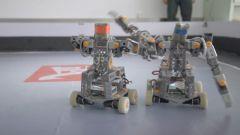 """機器人與人的肢體動作同步 記者現場體驗""""未來戰士""""搏擊戰"""