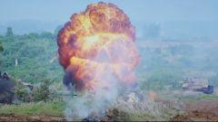 為何紅方炮火猛烈卻無一命中?火炮有效射程約2000米 雨天只有500米