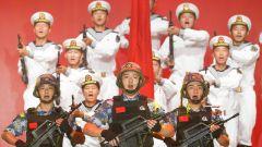 """東部戰區海軍航空兵舉辦""""在黨的旗幟下奮飛""""主題歌詠晚會"""