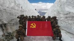 部隊官兵多種形式慶祝建黨100周年