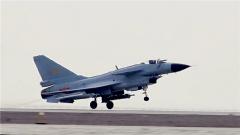 """為什么把殲-10叫做""""爭氣機""""?邵永靈:殲-10的獨立制造是中國航空工業發展的一個分水嶺"""