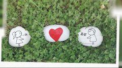 """用石头当底板作画 这是""""黑脸张飞""""准备的浪漫新婚礼物"""