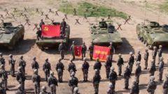"""陆军第83集团军某旅""""红一连"""":胜战为气 战旗猎猎永不褪色"""