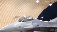 """【关注朝鲜半岛局势】紧盯朝韩 美军F-16与""""全球鹰""""齐出动"""