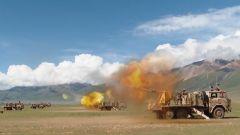 海拔4500米 陸軍某合成旅展開合成營跨晝夜協同演練