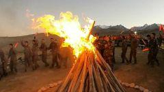 解放軍和武警各部隊官兵以多種形式迎接中秋佳節